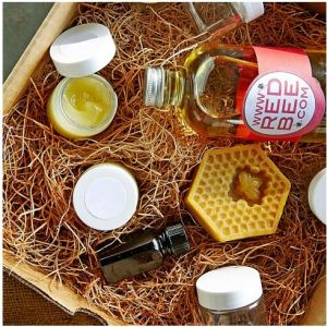 Beeswax Lip Balm Making Kit